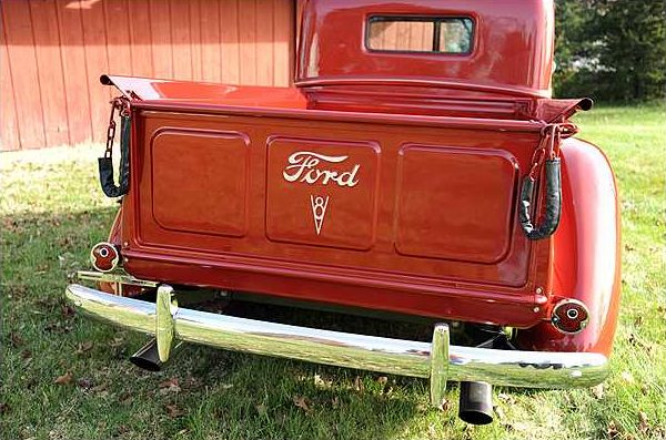 1940 Ford  Pickup presented as lot F313 at Indianapolis, IN 2010 - image7