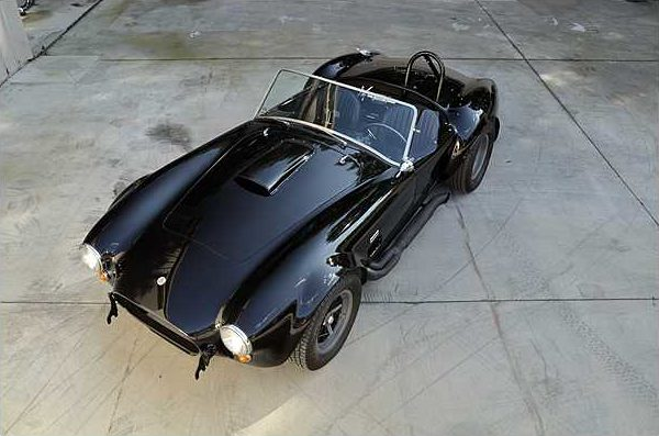1966 Shelby Cobra Roadster 427 CI, 4-Speed, CSX 3172 presented as lot F220 at Indianapolis, IN 2010 - image8