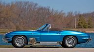 1963 Harley J. Earl Corvette 327/300 HP, 4-Speed  presented as lot S116 at Indianapolis, IN 2010 - thumbail image3