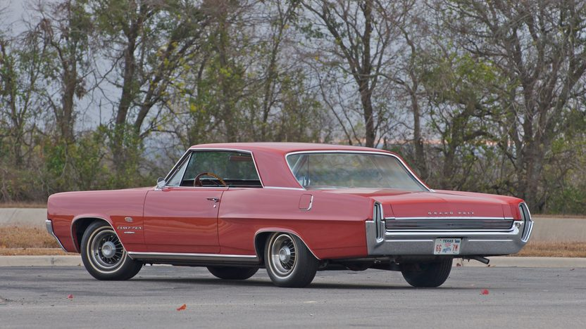 1964 Pontiac Grand Prix 2-Door Hardtop 389 CI, 4-Speed presented as lot S126 at Indianapolis, IN 2011 - image3