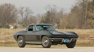 1965 Chevrolet Corvette Coupe 327/375 HP, 4-Speed presented as lot S130 at Indianapolis, IN 2011 - thumbail image3