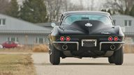 1965 Chevrolet Corvette Coupe 327/375 HP, 4-Speed presented as lot S130 at Indianapolis, IN 2011 - thumbail image8