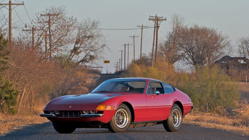 1973 Ferrari 365 GTB/4 Daytona 5-Speed presented as lot S132 at Indianapolis, IN 2011 - image8