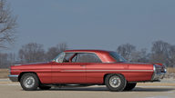 1962 Pontiac Catalina Super Duty 421 CI SD, 4-Speed presented as lot S133 at Indianapolis, IN 2011 - thumbail image3