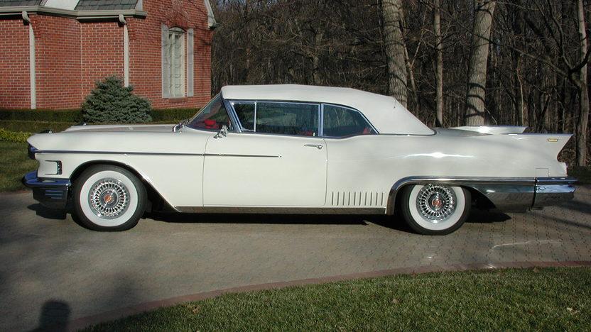 1958 Cadillac Eldorado Biarritz Convertible 365/335 HP presented as lot S177 at Indianapolis, IN 2011 - image3