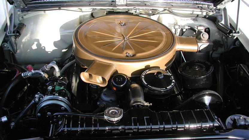 1958 Cadillac Eldorado Biarritz Convertible 365/335 HP presented as lot S177 at Indianapolis, IN 2011 - image6