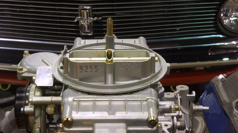 1966 Ford Nos 427 SOHC Engine presented as lot S212 at Indianapolis, IN 2011 - image5