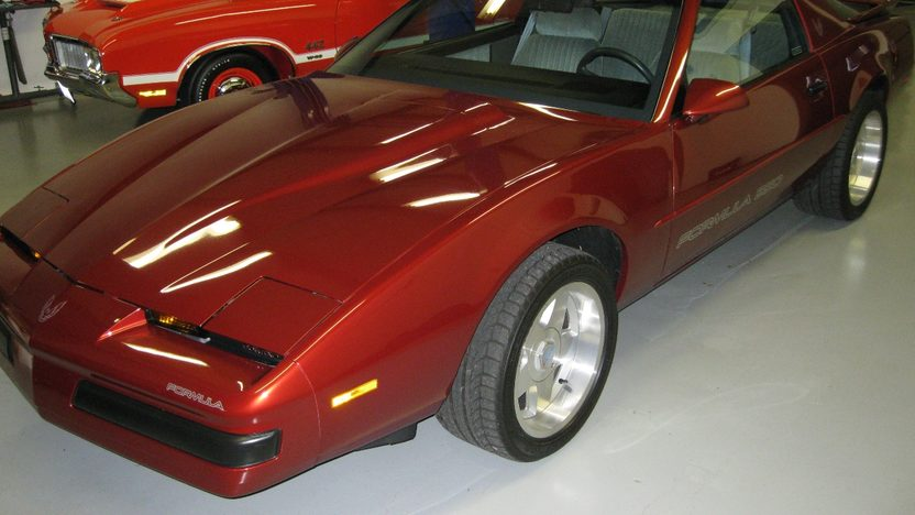 1989 Pontiac Firebird Formula 350 Supercharged presented as lot T315 at Indianapolis, IN 2011 - image3