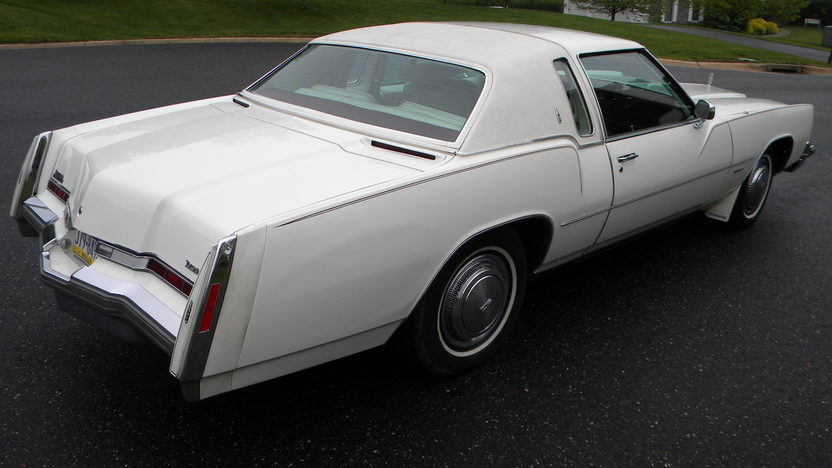 1975 Oldsmobile Toronado Coupe 455 CI presented as lot W118 at Indianapolis, IN 2012 - image7