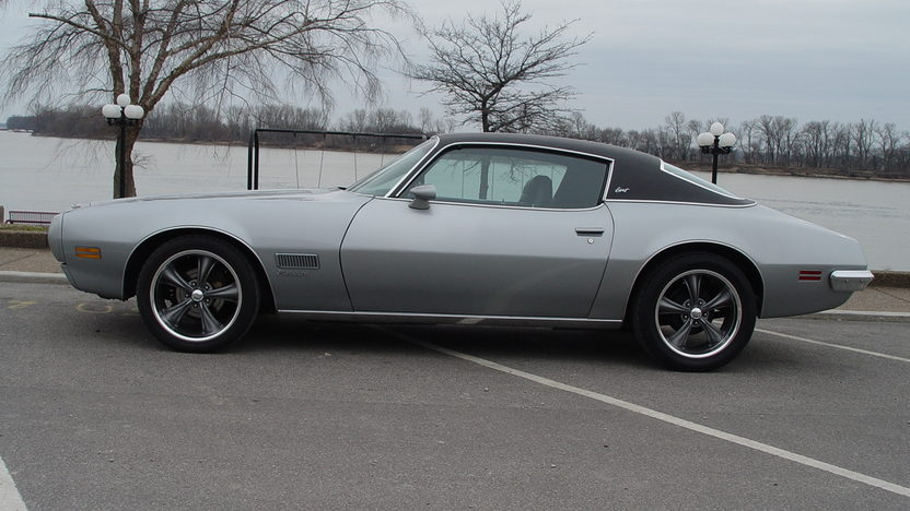 1971 Pontiac Firebird Esprit 350 CI, Automatic presented as lot T238 at Indianapolis, IN 2012 - image3
