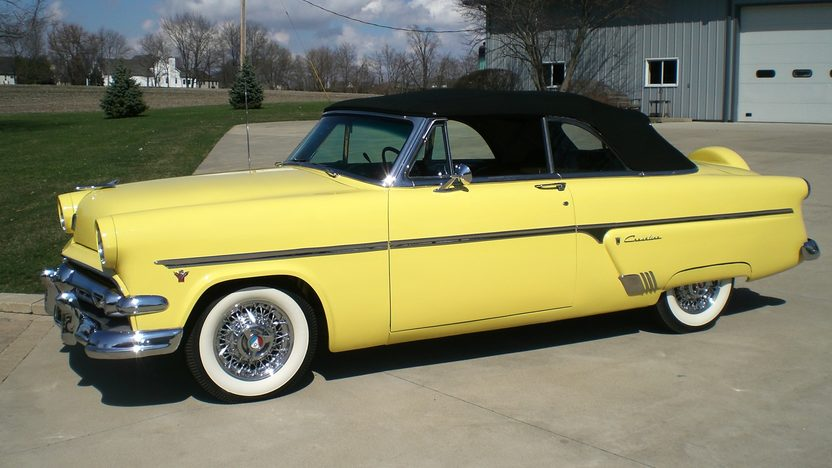 Ray Skillman Ford >> 1954 Ford Crestline Sunliner Convertible | Mecum Indianapolis 2012 | T239