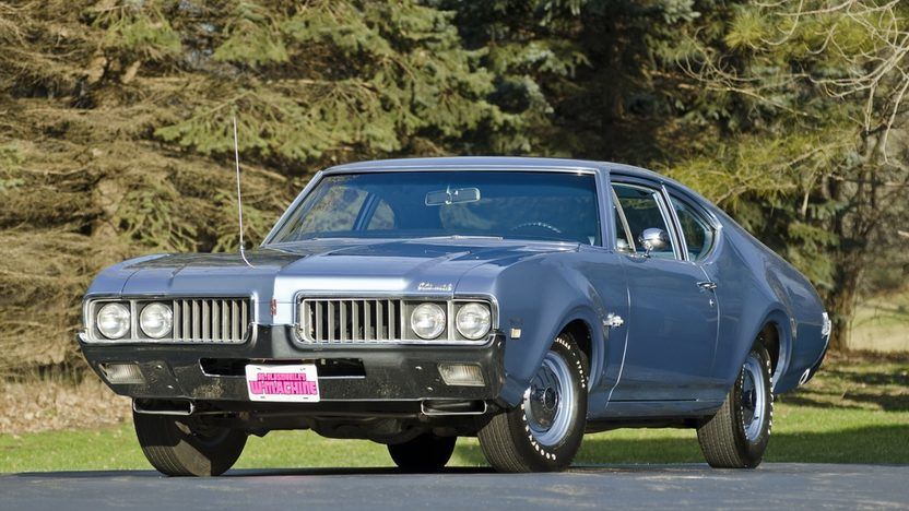 1969 Oldsmobile F85 W-31 '08 Hemmings Muscle Machine of the Year presented as lot F287 at Indianapolis, IN 2012 - image8