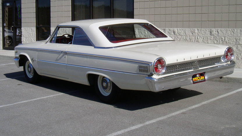 1963 Ford Galaxie Lightweight 427/425 HP, 4-Speed presented as lot F305 at Indianapolis, IN 2012 - image7