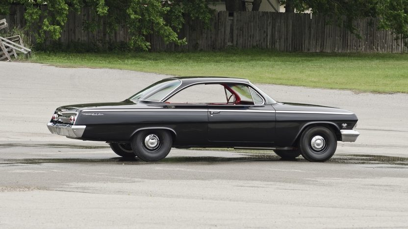 1962 Chevrolet Bel Air Lightweight Bubble Top 409/409 HP, 4-Speed presented as lot F324 at Indianapolis, IN 2012 - image12