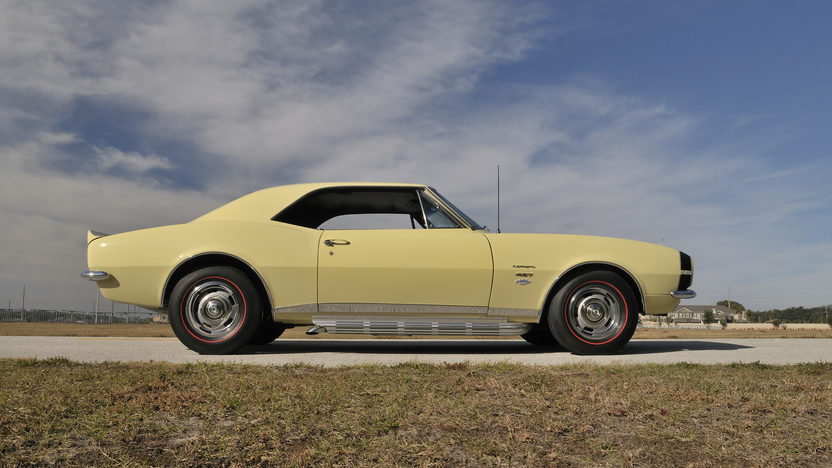 1967 Chevrolet Yenko Camaro 427/425 HP, 4-Speed presented as lot S134 at Indianapolis, IN 2012 - image3