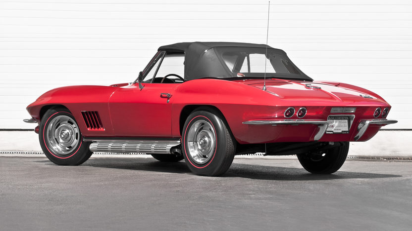 1967 Chevrolet Corvette Convertible 427/435 HP, 4-Speed presented as lot S281 at Indianapolis, IN 2012 - image2