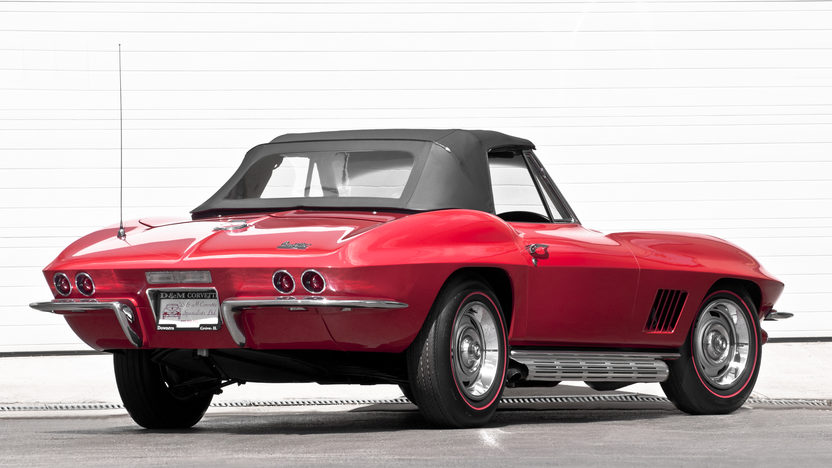1967 Chevrolet Corvette Convertible 427/435 HP, 4-Speed presented as lot S281 at Indianapolis, IN 2012 - image3