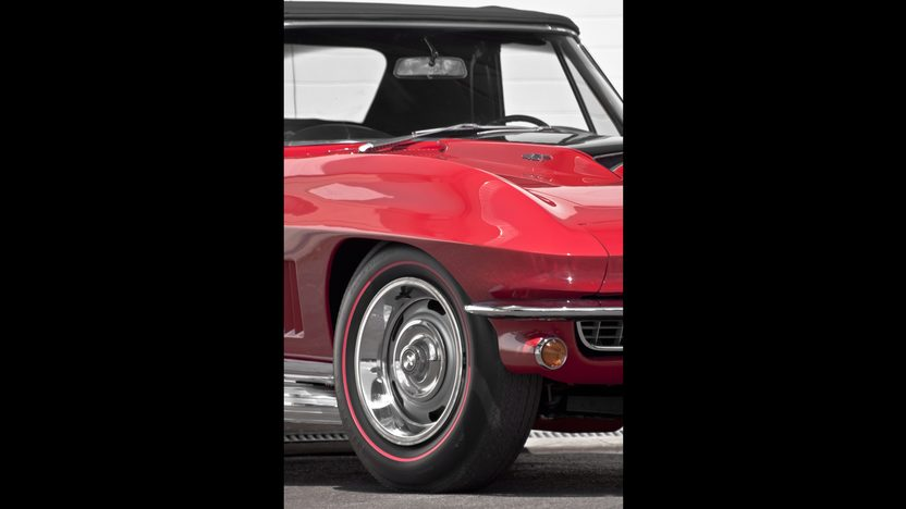 1967 Chevrolet Corvette Convertible 427/435 HP, 4-Speed presented as lot S281 at Indianapolis, IN 2012 - image8