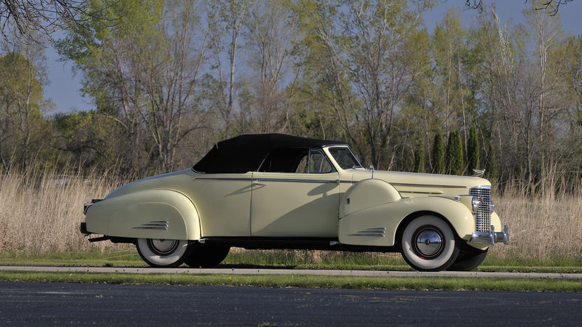 1938 Cadillac V16 Convertible Coupe presented as lot S170 at Indianapolis, IN 2012 - image12