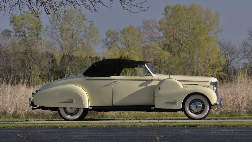1938 Cadillac V16 Convertible Coupe presented as lot S170 at Indianapolis, IN 2012 - image2