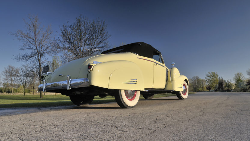 1938 Cadillac V16 Convertible Coupe presented as lot S170 at Indianapolis, IN 2012 - image9