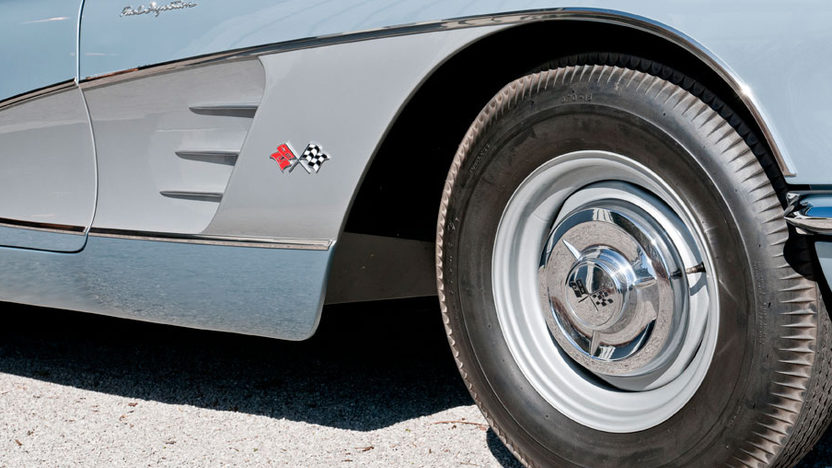 1958 Chevrolet Corvette Big Brake Fuelie 283/290 HP, 4-Speed presented as lot S218 at Indianapolis, IN 2012 - image6