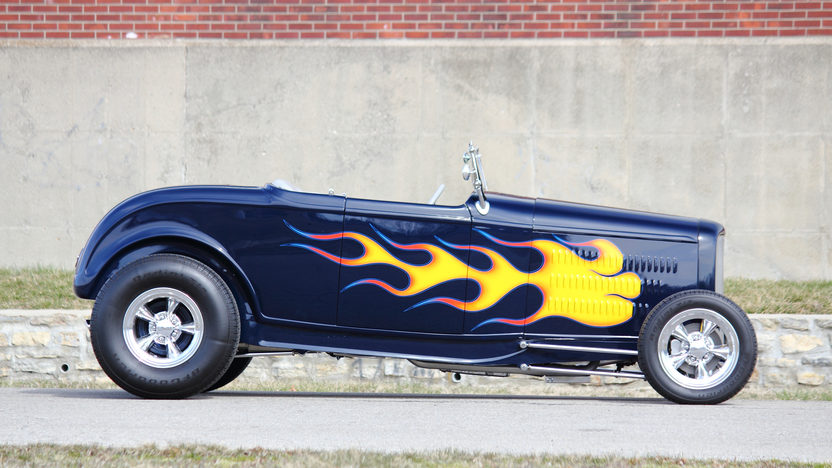 1932 Ford Hi-Boy Street Rod 383 CI, Automatic presented as lot T198 at Indianapolis, IN 2013 - image2