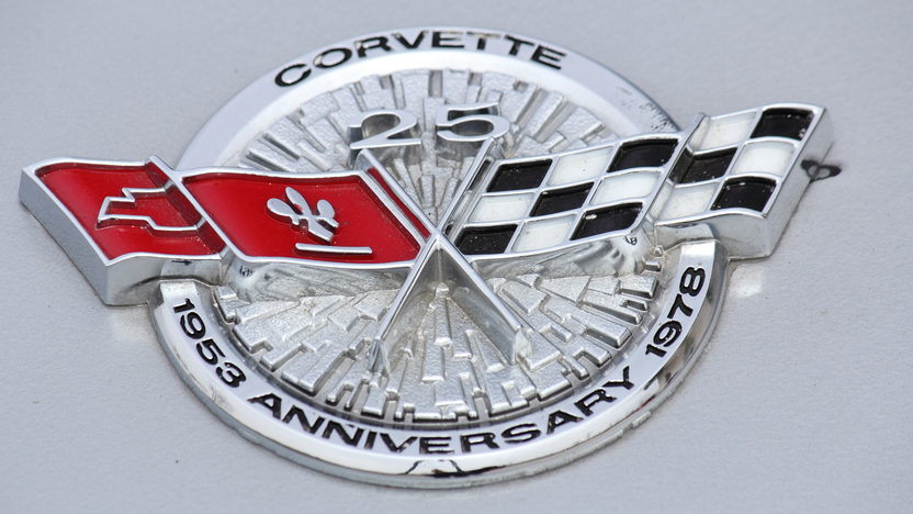 1978 Chevrolet Corvette Silver Anniversary L82, Less Than 25 Miles presented as lot T209 at Indianapolis, IN 2013 - image9