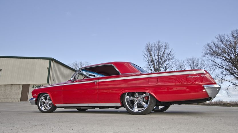 1962 Chevrolet Impala 350 TPI, Lowered Suspension presented as lot T222 at Indianapolis, IN 2013 - image10