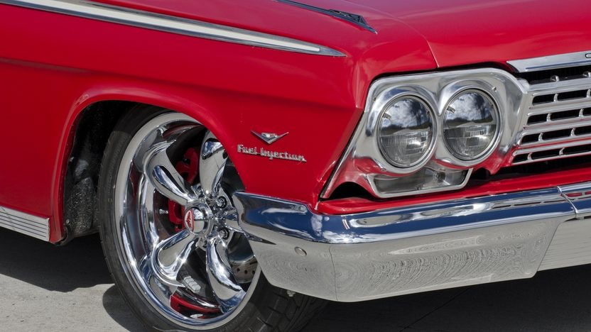 1962 Chevrolet Impala 350 TPI, Lowered Suspension presented as lot T222 at Indianapolis, IN 2013 - image8