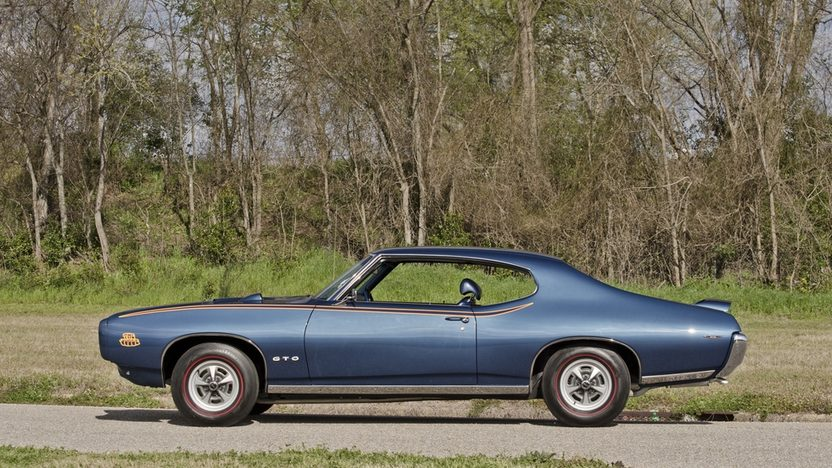 1969 Pontiac GTO Judge 400/366 HP, Automatic presented as lot T233 at Indianapolis, IN 2013 - image3