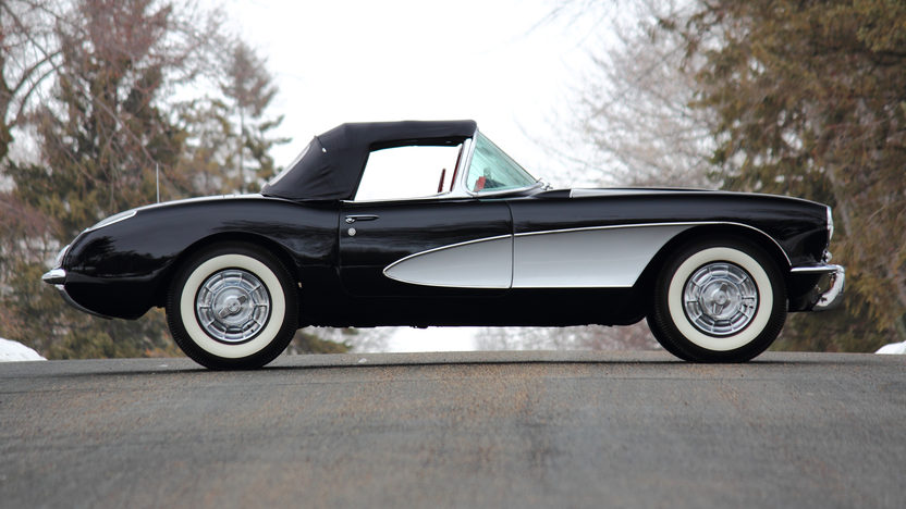 1956 Chevrolet Corvette Convertible 265/210 HP, 3-Speed presented as lot T256 at Indianapolis, IN 2013 - image2