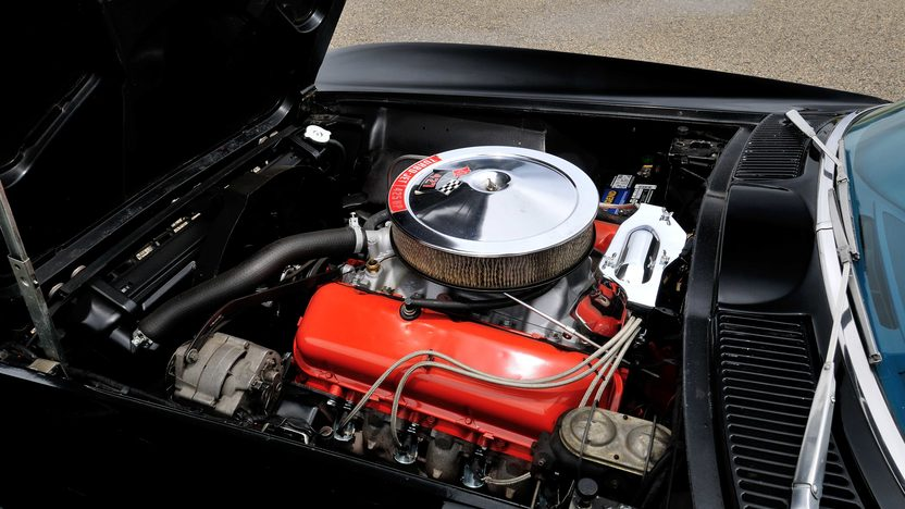 1966 Chevrolet Corvette Coupe 427/425 HP, 4-Speed, Protect-O-Plate presented as lot T265 at Indianapolis, IN 2013 - image7