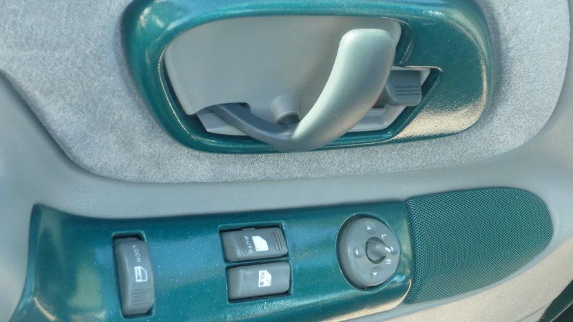 1998 Chevrolet Silverado Pickup presented as lot G60 at Indianapolis, IN 2013 - image4