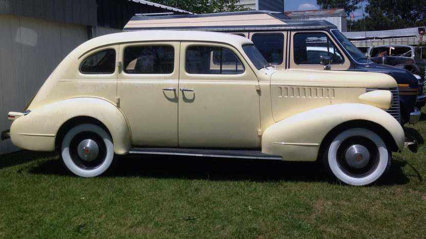 1938 Pontiac Sedan presented as lot G75 at Indianapolis, IN 2013 - image2