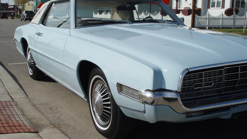 1968 Ford Thunderbird Landau 429 CI, Automatic presented as lot W202 at Indianapolis, IN 2013 - image8