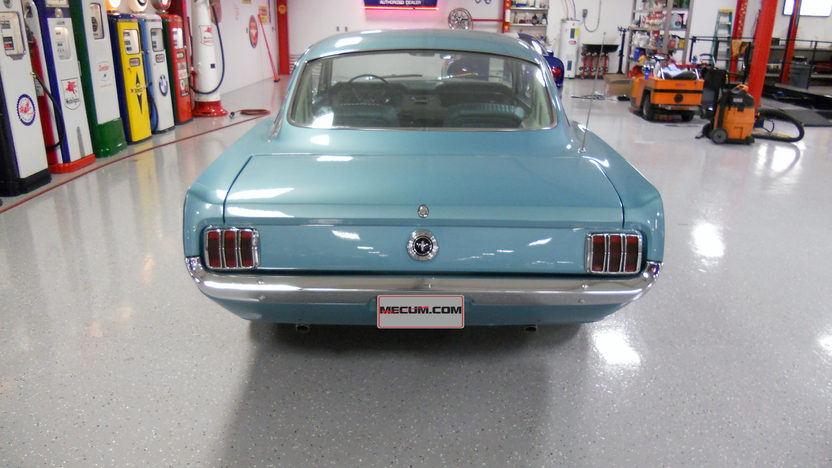 1965 Ford Mustang Fastback 289 CI, 4-Speed presented as lot T26 at Indianapolis, IN 2013 - image3