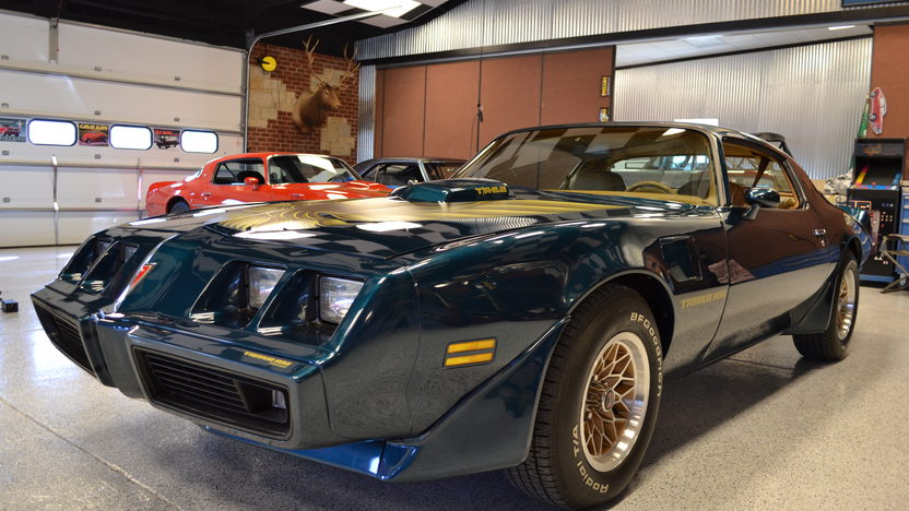 1979 Pontiac Trans Am 400/220 HP, 4-Speed presented as lot T132 at Indianapolis, IN 2013 - image9