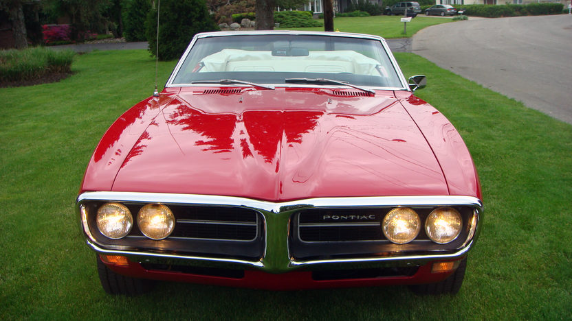 1968 Pontiac Firebird Convertible 350 CI, Automatic presented as lot T139 at Indianapolis, IN 2013 - image11
