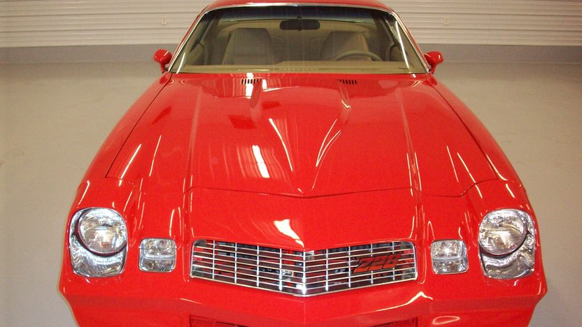 1979 Chevrolet Camaro Resto Mod 350 CI, Vintage Air presented as lot T155 at Indianapolis, IN 2013 - image7