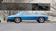 1966 Chevrolet Corvette Convertible 327/350 HP, 4-Speed presented as lot T208 at Indianapolis, IN 2013 - thumbail image2