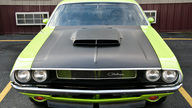 1970 Dodge Challenger T/A Replica 340 CI presented as lot T175 at Indianapolis, IN 2013 - thumbail image7