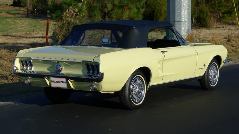 1967 Ford Mustang Convertible 200 CI, Automatic presented as lot F84 at Indianapolis, IN 2013 - image2