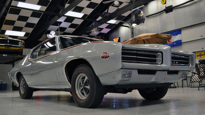 1969 Pontiac GTO Judge GTOAA Nationals Concours Gold presented as lot T245 at Indianapolis, IN 2013 - image12