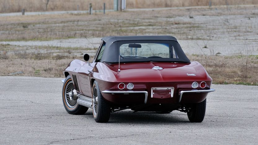 1966 Chevrolet Corvette Convertible 427/425 HP, 4-Speed presented as lot F129 at Indianapolis, IN 2013 - image11