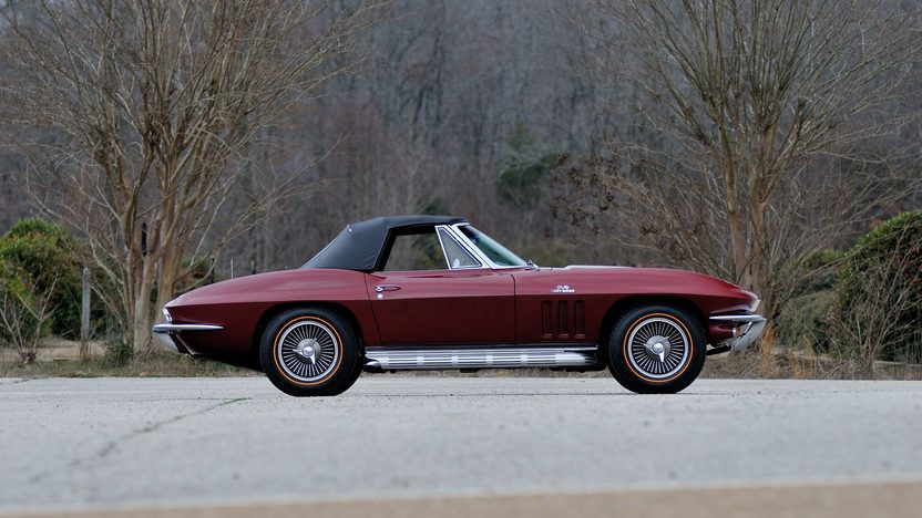 1966 Chevrolet Corvette Convertible 427/425 HP, 4-Speed presented as lot F129 at Indianapolis, IN 2013 - image2