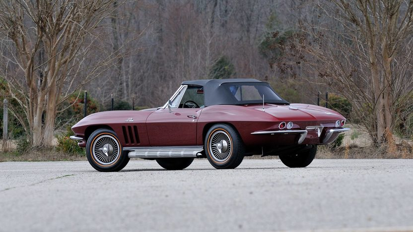 1966 Chevrolet Corvette Convertible 427/425 HP, 4-Speed presented as lot F129 at Indianapolis, IN 2013 - image3