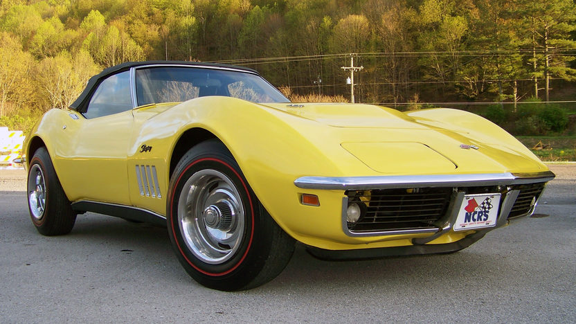 1969 Chevrolet Corvette Convertible 427/435 HP, 4-Speed presented as lot F170 at Indianapolis, IN 2013 - image7