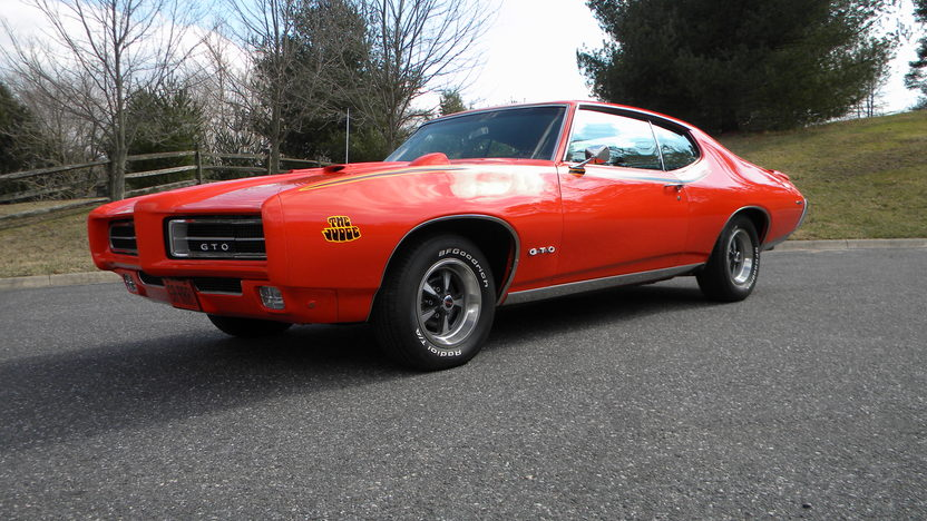 1969 Pontiac GTO Judge 400/366 HP, Automatic presented as lot F177 at Indianapolis, IN 2013 - image10