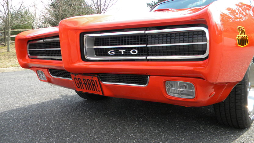 1969 Pontiac GTO Judge 400/366 HP, Automatic presented as lot F177 at Indianapolis, IN 2013 - image6